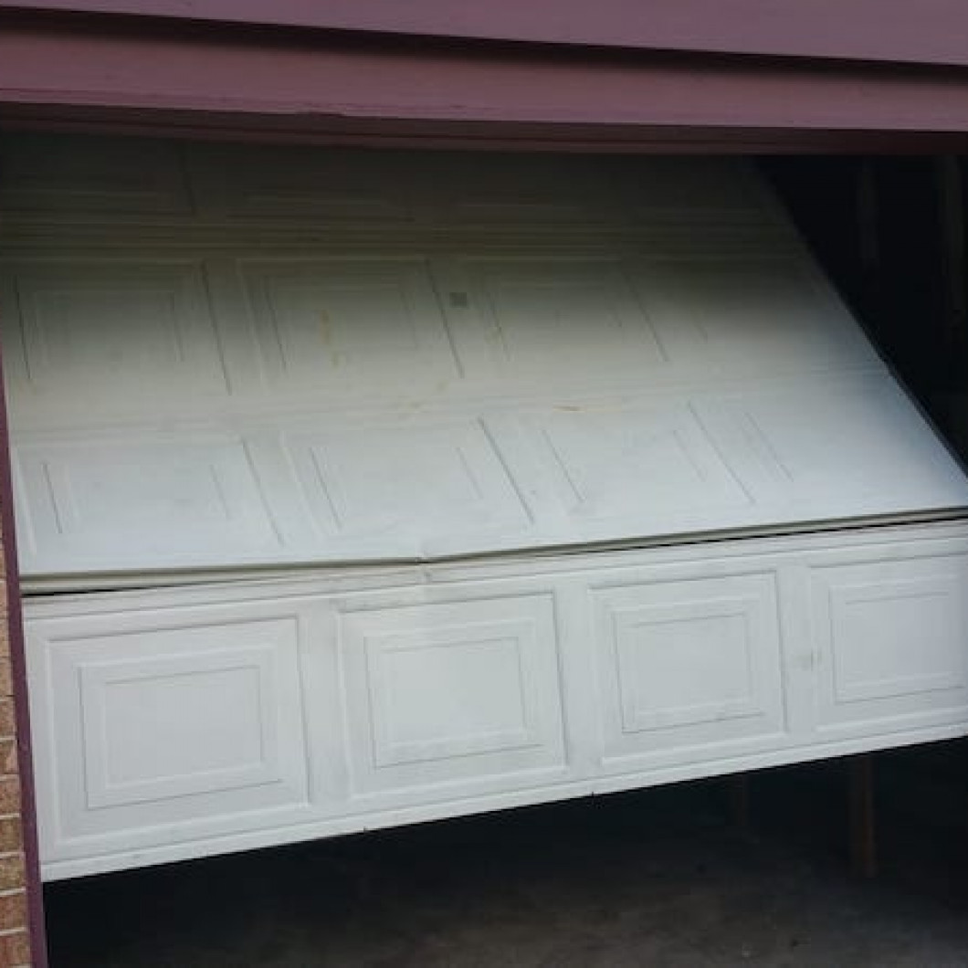 24/7 emergency garage door repair